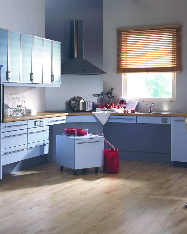 Lebensgerechte Küche Gesamtansicht.jpg